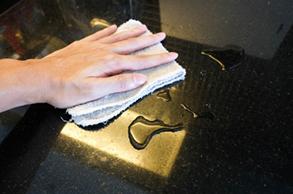 Marmor + Granit versiegeln